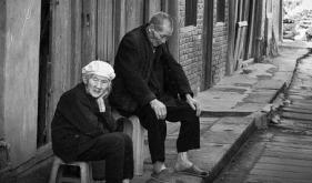 """关爱老人 防治""""衰弱"""""""